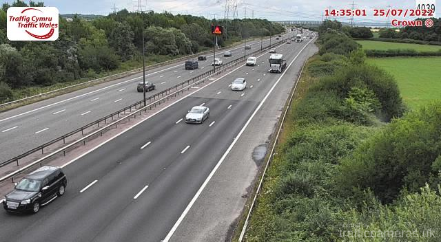 M4 - J22 - 23 Toll Plaza East